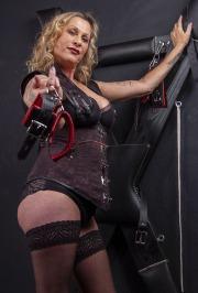 huddersfield-mistress_0029