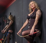 huddersfield-mistress_0101