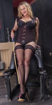 huddersfield-mistress_0155