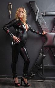 huddersfield-mistress_0309