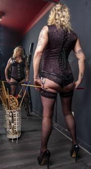 huddersfield-mistress_0108