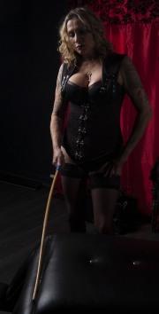 huddersfield-mistress_0118