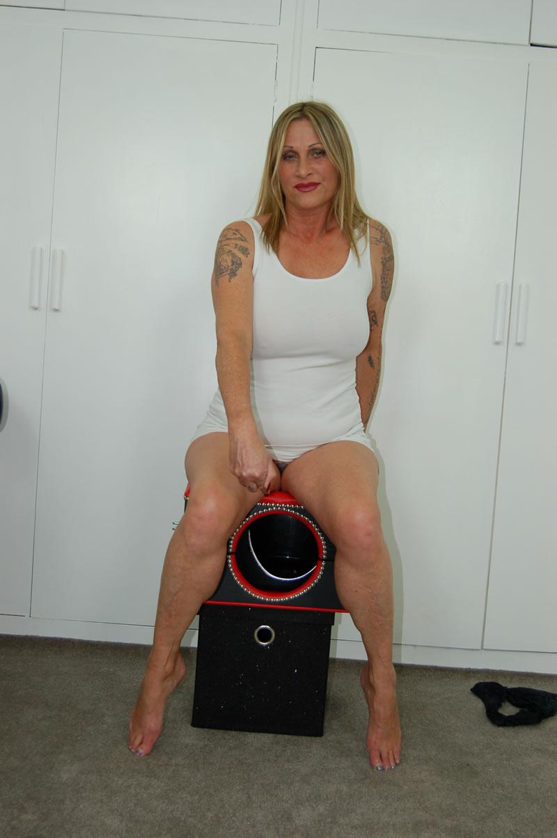 Defecating In Crimson Sexy Dress   Scat Mistress